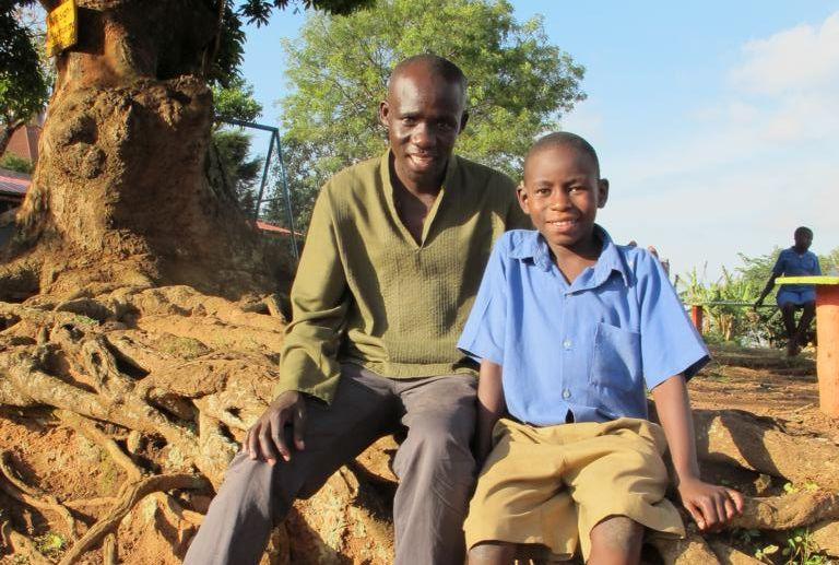 Samuel Odwar und sein Sohn Rafael